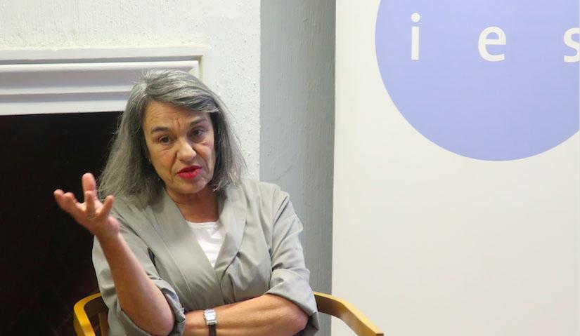 Sol Serrano en el IES: «El error del gobierno anterior fue no poner todas las fichas en la educación pública»